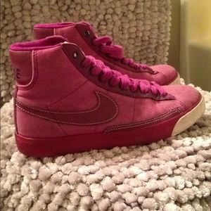 Nike high tops sneaker